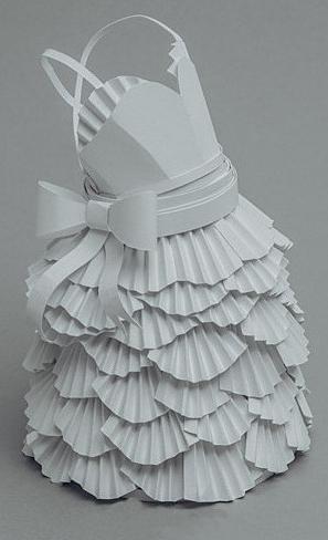 Robe de mariée en papier !