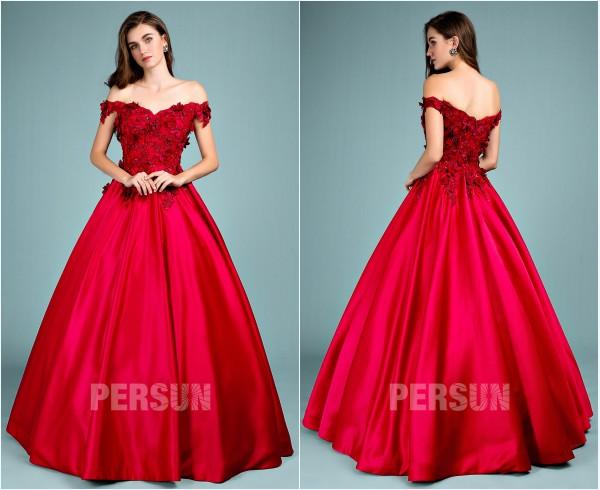 robe de gala rouge princesse épaule dénudé fleuri