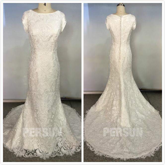robe de mariée vintage dentelle avec mancherons & traîne
